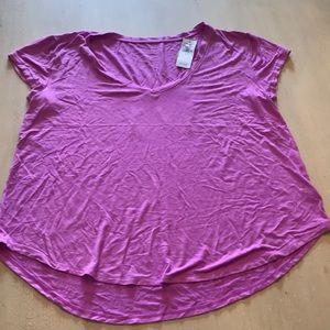 NWT American Eagle Pink Favorite T